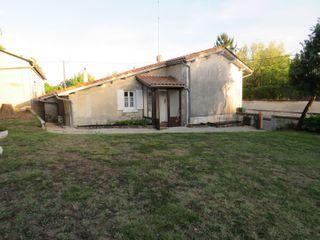 Maison plain-pied BARBEZIEUX SAINT HILAIRE 96 (16300)