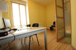 Bureau  LA ROCHE SUR YON  (85000)