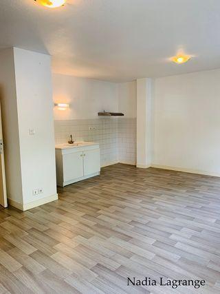 Appartement en résidence VERGT 72 (24380)