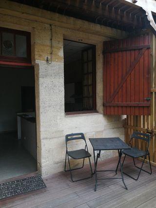 Appartement en rez-de-jardin BORDEAUX 37 (33800)