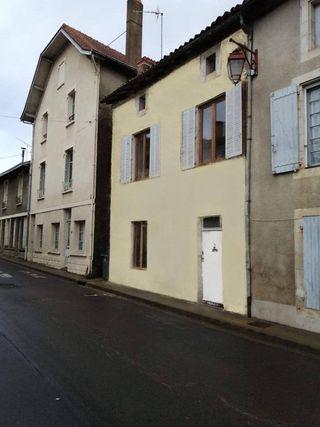 Maison de village CHARROUX 110 (86250)