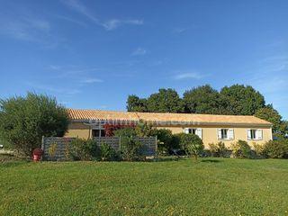 Maison plain-pied BURIE 156 (17770)