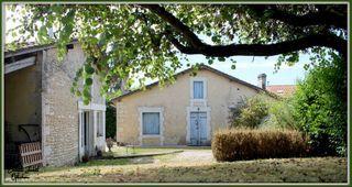 Maison de caractère CHALAIS 153 (16210)