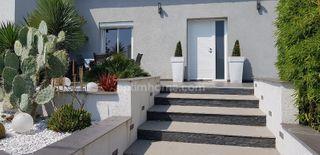Maison contemporaine LE LUC 208 (83340)