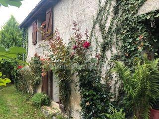 Maison de village LOURDE 105 (31510)