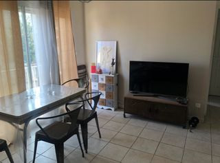 Appartement en résidence CHATEAURENARD 40 (13160)