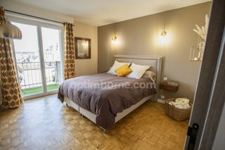 Appartement rénové ORLEANS 90 (45000)