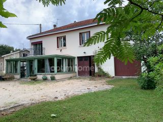 Maison à rénover PERIGUEUX 180 (24000)