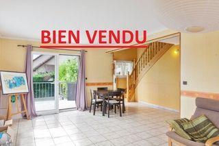 Maison contemporaine ROCHE LEZ BEAUPRE  (25220)