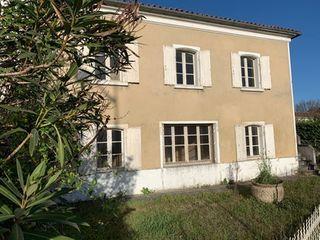 Maison de village CHERVES RICHEMONT 130 (16370)