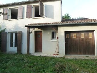 Maison BESSINES  (79000)