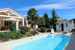 Maison plain-pied CHAMPCEVINEL 141 (24750)