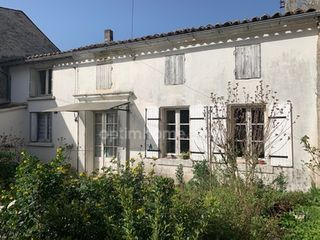 Maison CHERVES RICHEMONT 90 (16370)