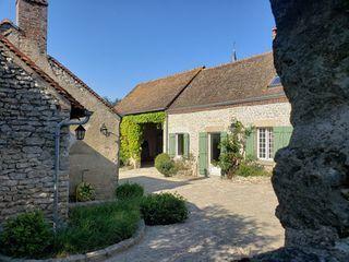 Maison en pierre SEICHEBRIERES 102 (45530)