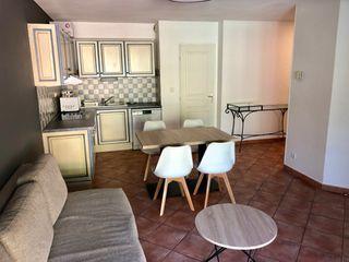 Appartement en résidence GREOUX LES BAINS 40 (04800)