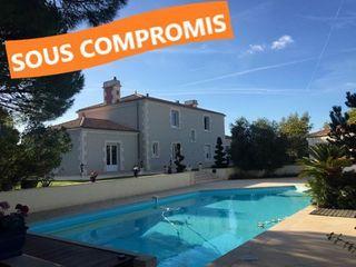 Villa PEAULT 250 (85320)