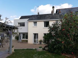 Maison LAVAL 130 (53000)