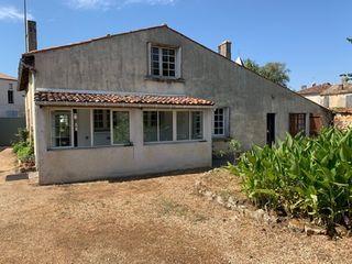 Maison de village BURIE 126 (17770)