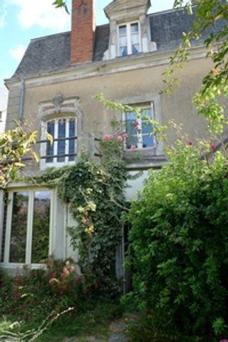 Maison à rénover SILLE LE GUILLAUME 129 (72140)
