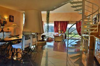 Villa d'architecte VIVIERS LES MONTAGNES 230 (81290)
