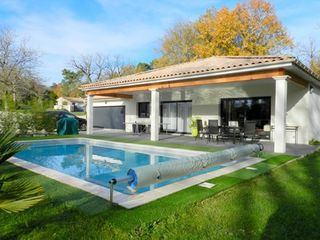 Maison contemporaine PERIGUEUX 133 (24000)