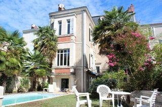 Maison bourgeoise PERIGUEUX 360 (24000)