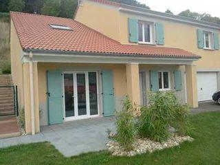 Maison en frais réduits SAINT GENEST LERPT  (42530)