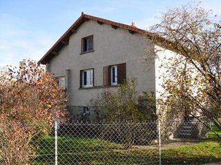 Maison ISSOIRE  (63500)