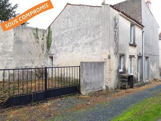 Maison de village NALLIERS 110 (85370)