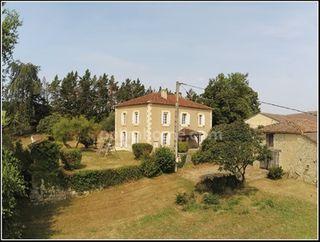Maison de campagne LARROQUE ENGALIN  (32700)