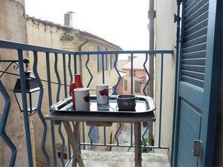 Appartement rénové LA CADIERE D'AZUR  (83740)