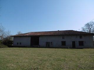Corps de ferme Proche Attignat 334 (01340)