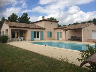 Villa LE BEAUSSET  (83330)