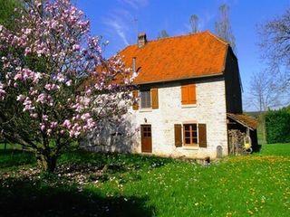 Maison en pierre CUBRIAL  (25680)
