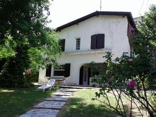 Maison de village AUBETERRE SUR DRONNE 155 (16390)