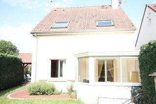 Maison individuelle FLEURY LES AUBRAIS 82 (45400)