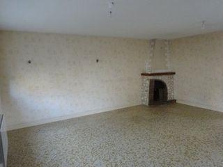Maison de village SAINTE CATHERINE DE FIERBOIS 200 (37800)
