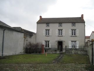 Maison VARENNES SUR MORGE 78 (63720)