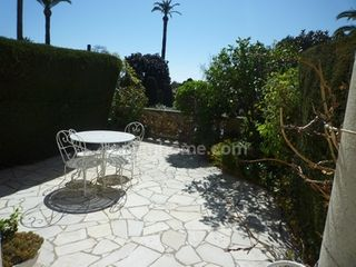 Appartement bourgeois CANNES 100 (06400)