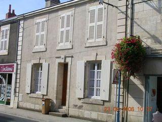 Maison rénovée LUCON 110 (85400)