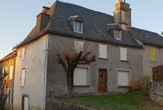 Maison de village ALLY  (15700)