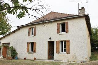 Maison à rénover CHALAIS 135 (16210)