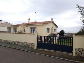 Maison rénovée LE CHAMP SAINT PERE 91 (85540)