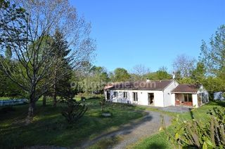 Maison plain-pied SAINTE FOY DE PEYROLIERES  (31470)