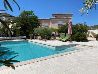 Villa LIRAC 140 (30126)