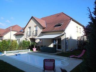 Maison KNOERINGUE  (68220)