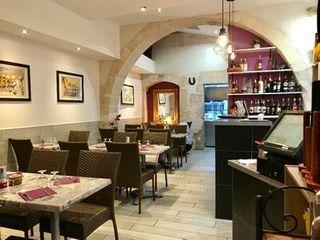 Restaurant NIMES  (30000)
