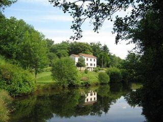Maison BUSSIERE GALANT  (87230)