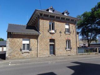 Maison de caractère FOUGERES 126 (35300)