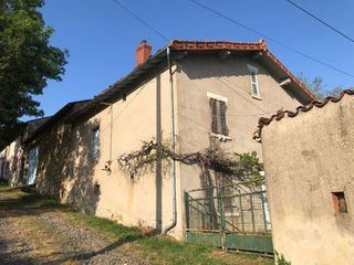 Maison en pierre VERNET LA VARENNE 53 (63580)